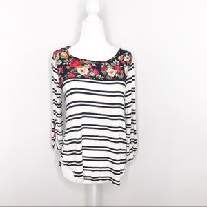 Le Lis | Black and White Stripe Floral Top